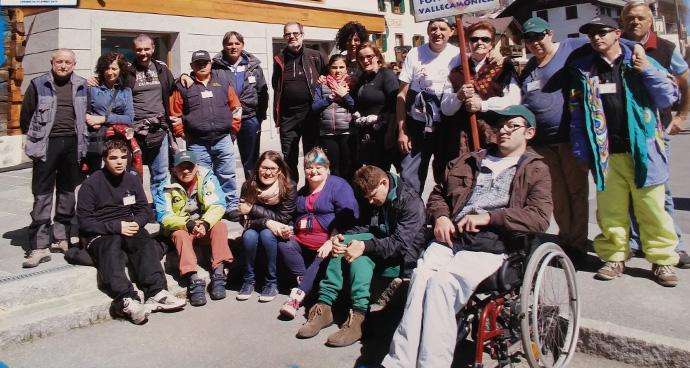 Foto gruppo disabilità 2015 Pia Fondazione Valle Camonica Onlus